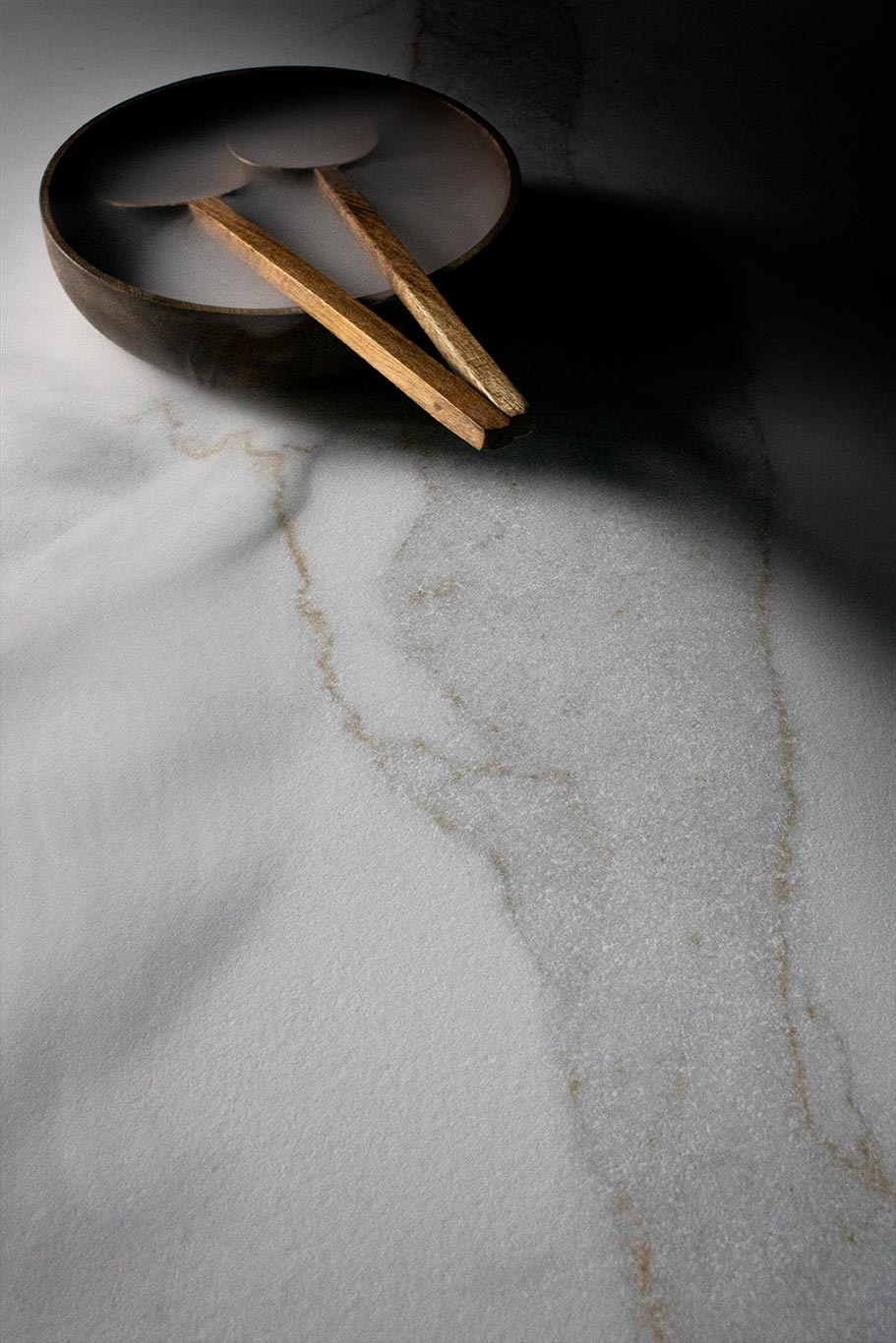 lithotech-blanc-calacatta-gold